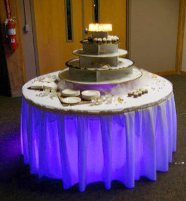 7-cake-table